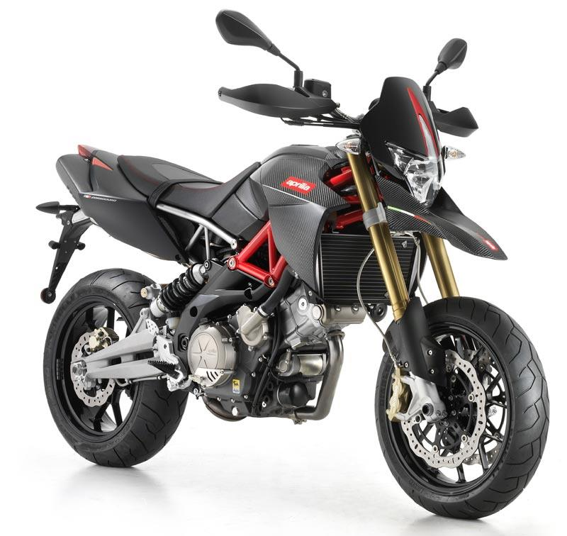 Aprilia Dorsoduro 750 Factory 2010 2011 Review Mcn