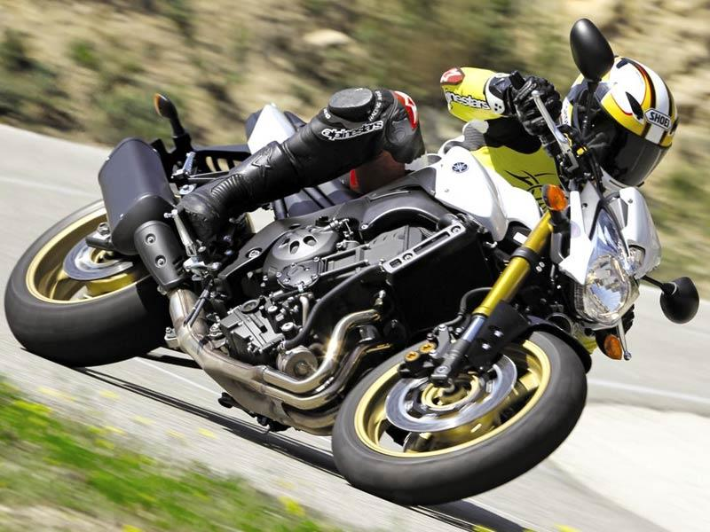 yamaha it. it isn\u0027t as intimidating to ride the monstrous fz1 1000cc\ yamaha p