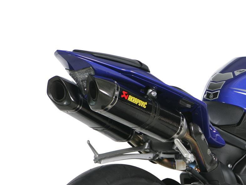 Free Akrapovic Exhausts With New Yamaha R1