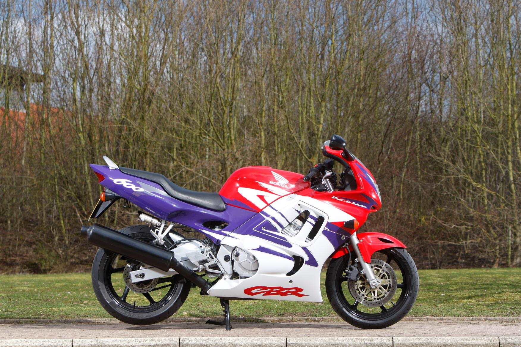 Staff Bikes Cbr600f The Proud And Skint Owner Of A 1998 Honda