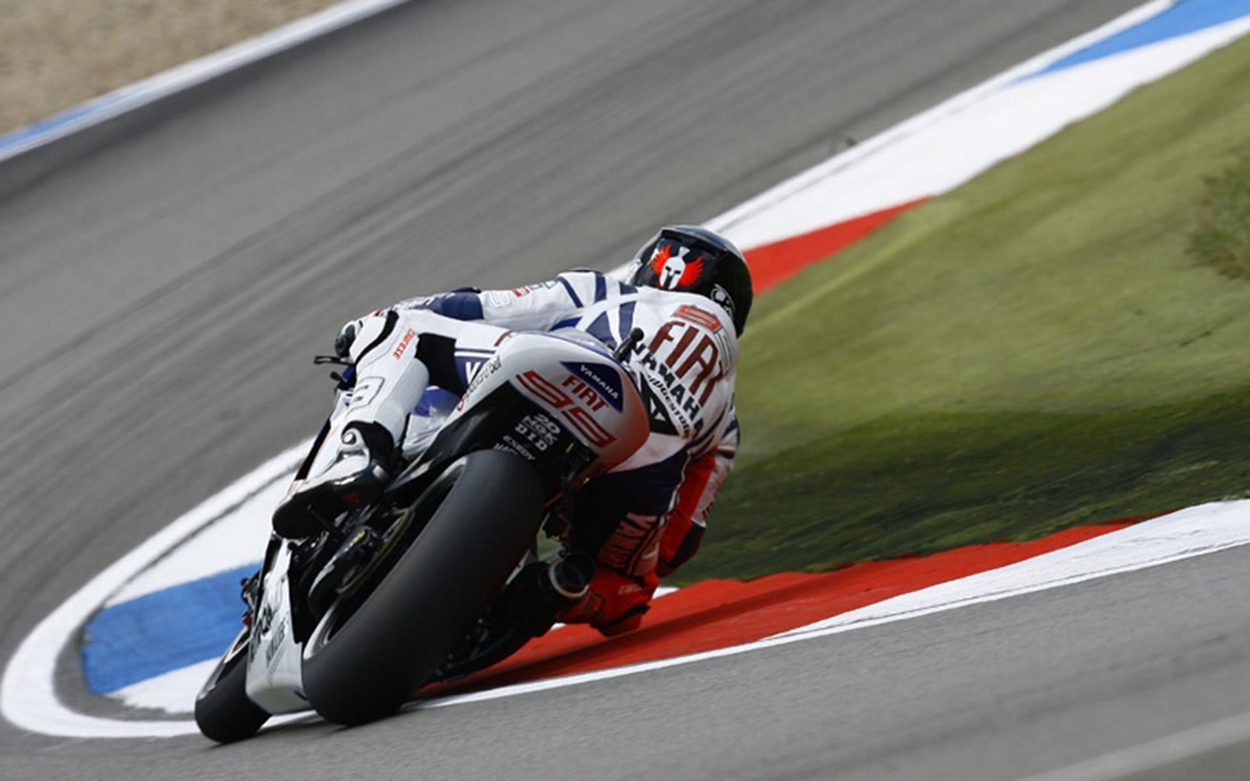 Assen MotoGP: Jorge Lorenzo continues Dutch domination   MCN