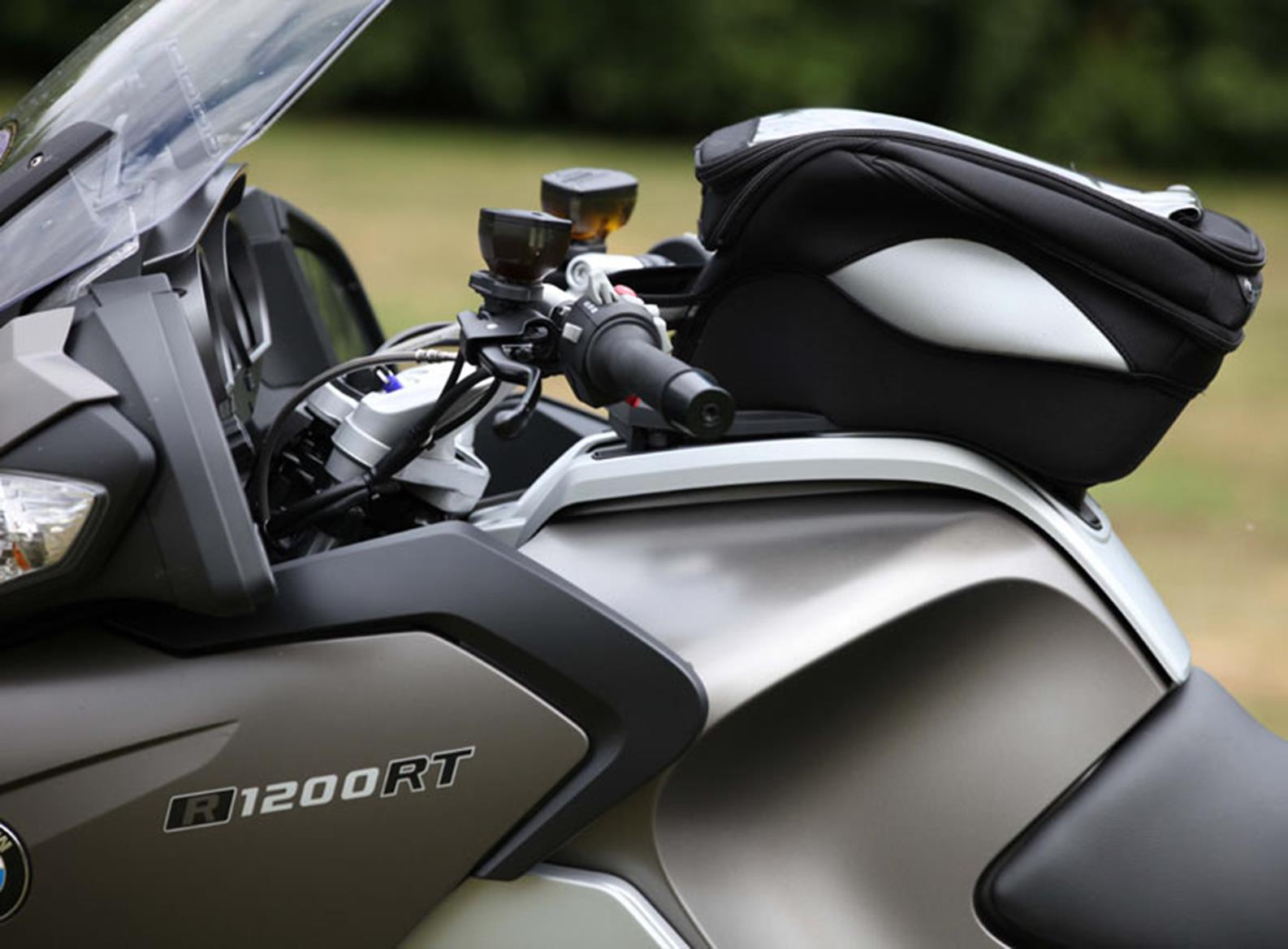 Staff Bikes Bmw R1200rt Racking Up The Mileage Mcn