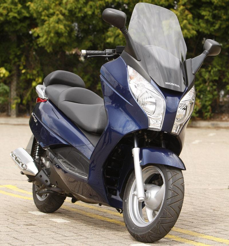 HONDA S-WING 125  (2007-on) Review