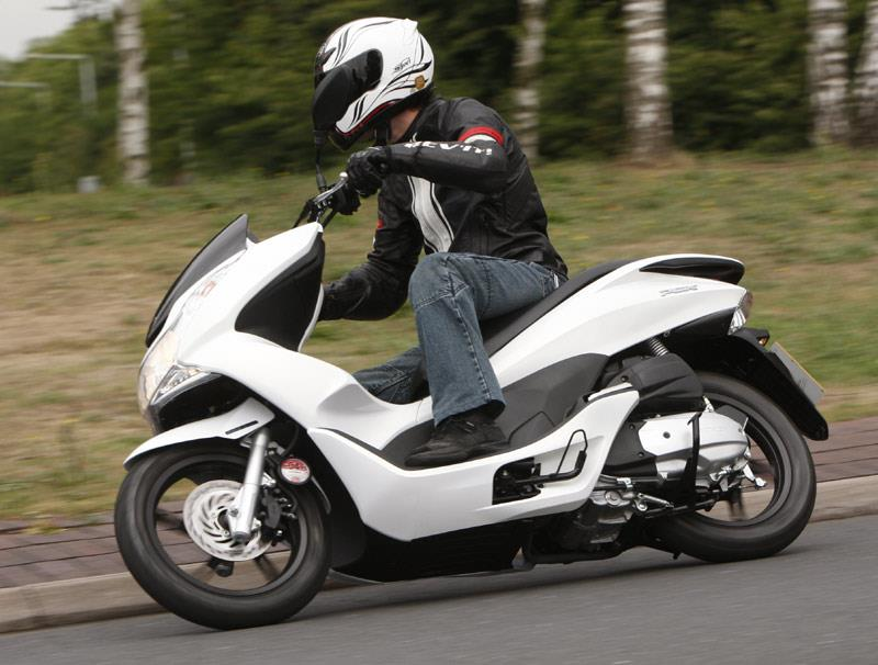 HONDA PCX125 (2010-on) Review | MCN