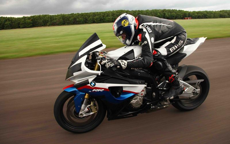 22 gets BMW S1000RR to 197mph! | MCN