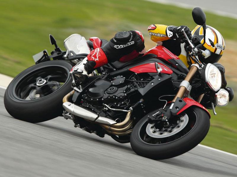 Triumph Speed Triple 1050 2011 On Motorcycle Review Mcn