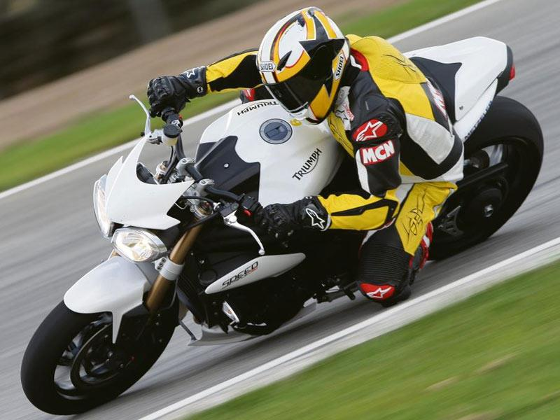 Triumph Speed Triple 1050 2011 On Review Mcn