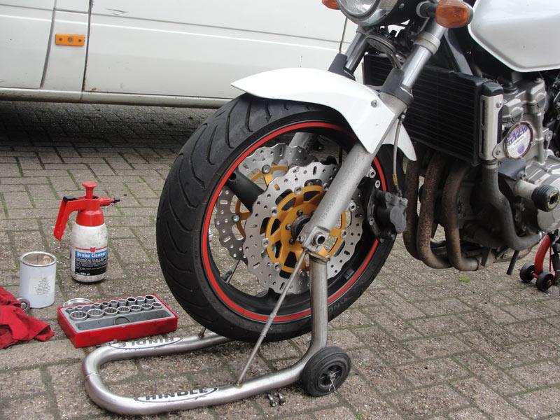 Staff Bikes Honda Hornet 600 Braking The Cycle Of Abuse