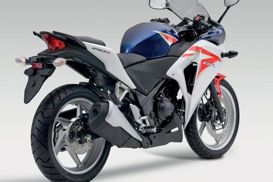 New Honda CBR250R V Kawasaki Ninja 250R Is This The Best They Can Do