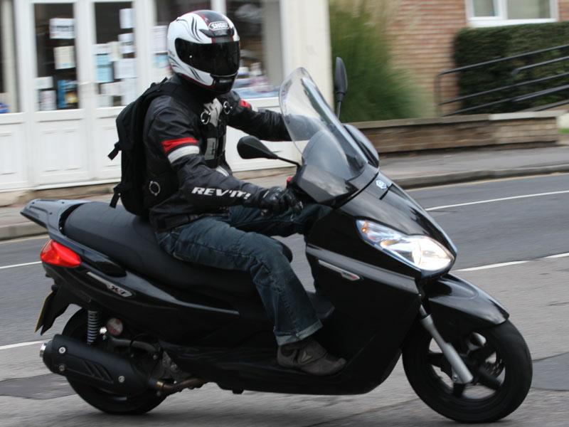 piaggio x7 300 (2010-on) review | mcn