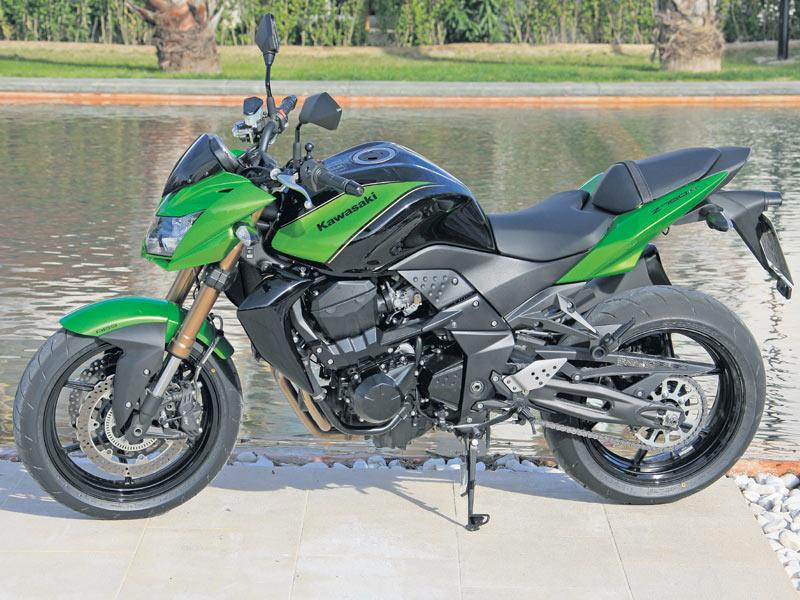 Kawasaki Z750r 2011 2012 Review Speed Specs Prices Mcn