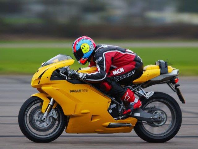 What's causing Ducati 749 error?   MCN