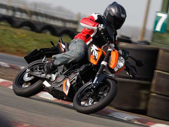 KTM 125 DUKE  (2011-on)