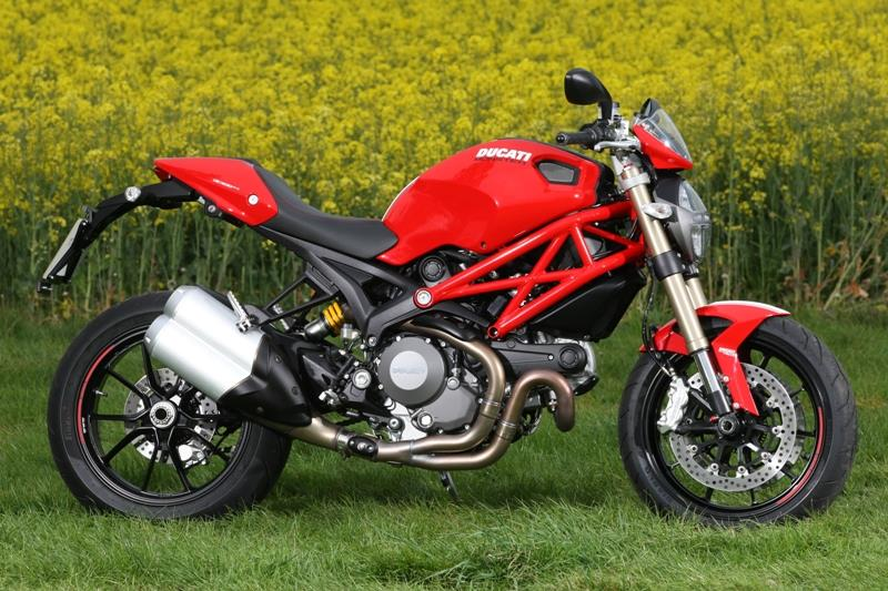 ducati monster 1100 2011 2013 review mcn. Black Bedroom Furniture Sets. Home Design Ideas