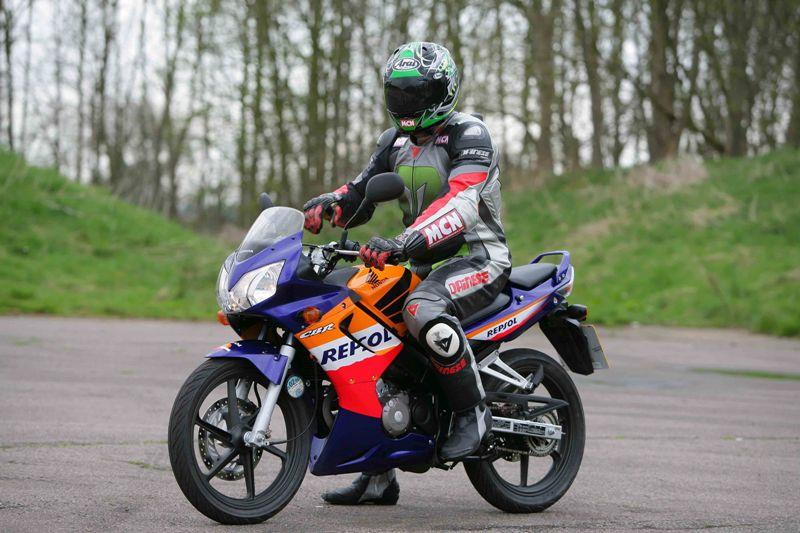 Why does my CBR125 keep stalling?