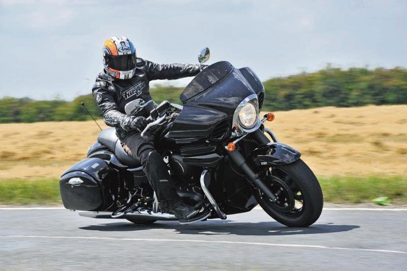 KAWASAKI VN1700 VOYAGER (2011-on) Review | MCN