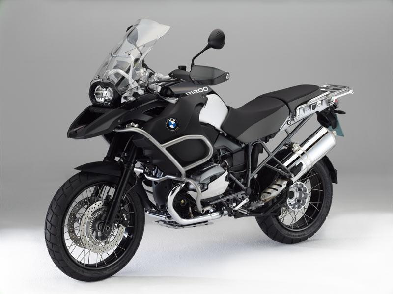 New Triple Black Bmw R1200gs Adventure Launched Mcn