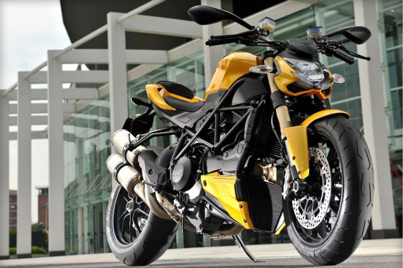 Merveilleux Ducati Streetfighter 848 Launch   First Impressions .