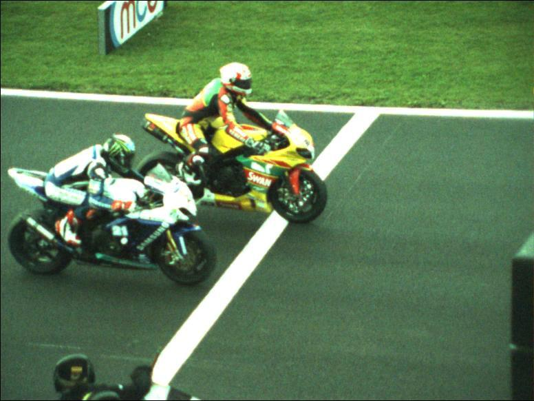 a8df2210 Brands Hatch BSB: Hill takes championship in photo finish