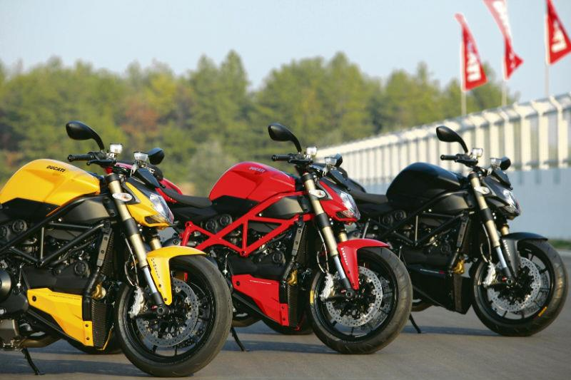 ducati streetfighter 848 2011 on review mcn. Black Bedroom Furniture Sets. Home Design Ideas