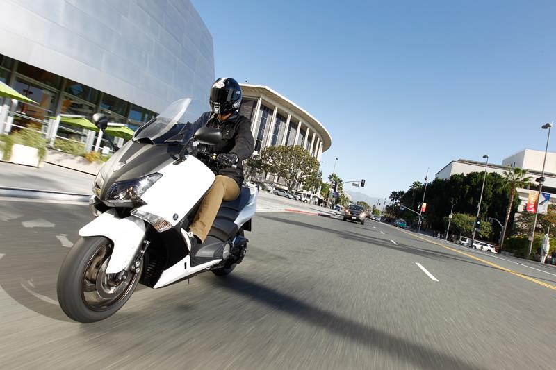 YAMAHA TMAX 500 (2012-on) Review | Speed, Specs & Prices | MCN