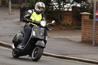 piaggio scooter motorbike reviews | mcn