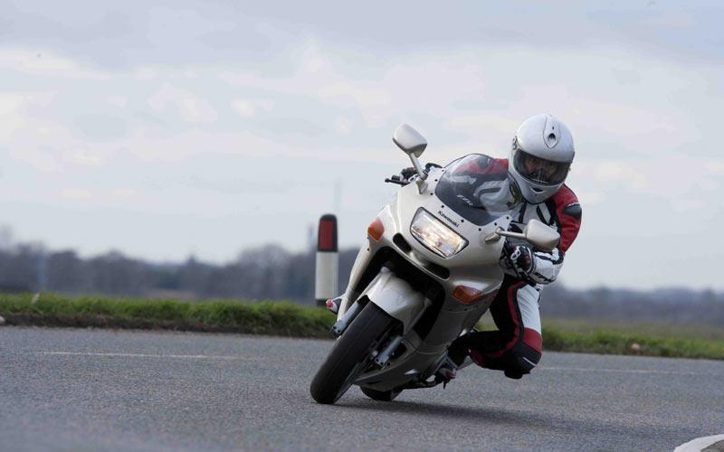 Best Tyres For A Kawasaki ZZR600