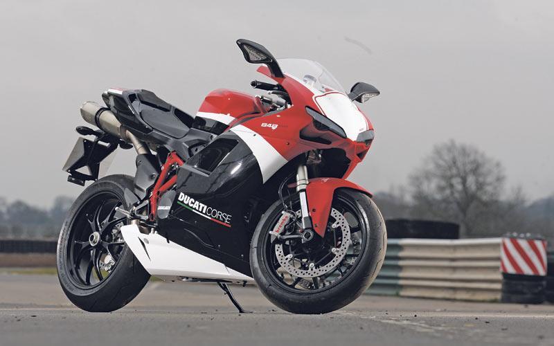 ducati 848 evo corse first ride | mcn