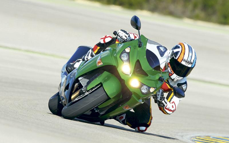 KAWASAKI ZZR1400 (2012-on) Review | Speed, Specs & Prices | MCN