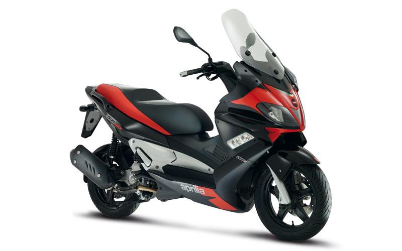 aprilia sr max 125 2011 2013 review specs prices mcn. Black Bedroom Furniture Sets. Home Design Ideas