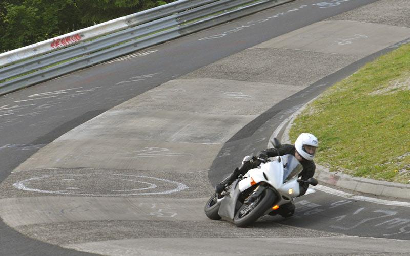 Video: Fastest recorded motorcycle lap of the Nurburgring