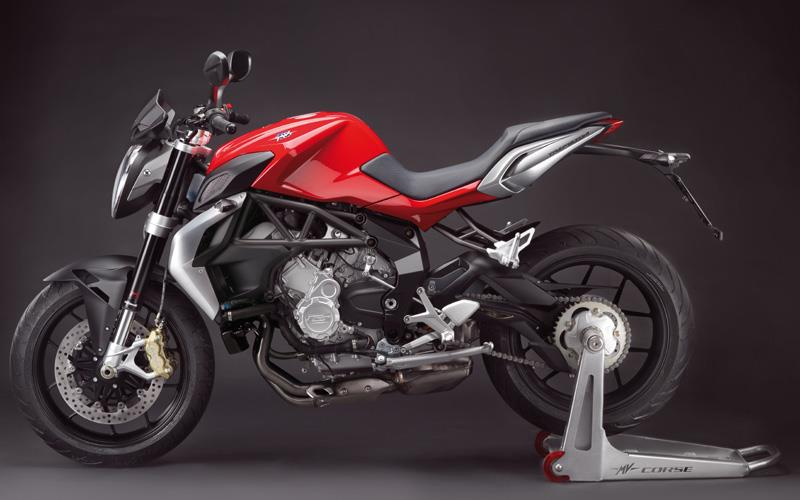 MV-AGUSTA BRUTALE 675 (2012-on) Review | MCN