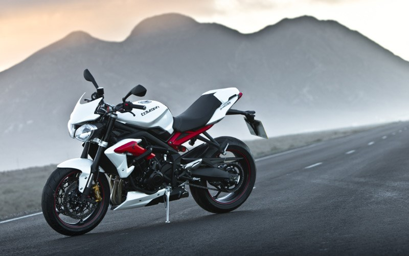 Brilliant Triumph Street Triple R 2013 On Motorcycle Review Mcn Ibusinesslaw Wood Chair Design Ideas Ibusinesslaworg