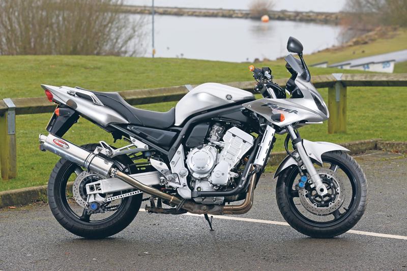 Annonce moto YAMAHA FZ6 S Fazer New occasion de 2003 - 30 Gard - Nimes