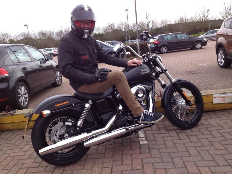 Harley Davidson Harley Davidson Dyna Street Bob Dark: Longterm Harley-Davidson Street Bob Arrives