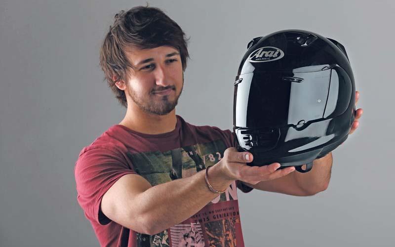 Helmet Review Arai Rebel