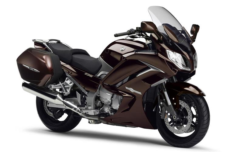 yamaha unveils new fjr 1300 ae mcn. Black Bedroom Furniture Sets. Home Design Ideas