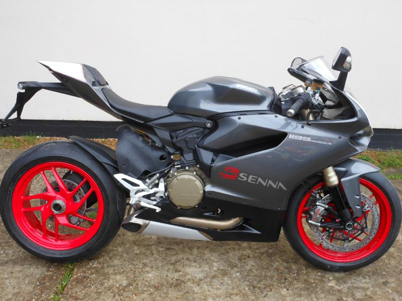 Ducati Monster S  Senna Buy
