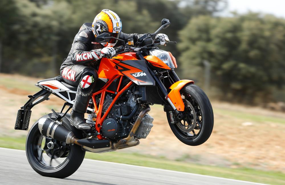 ktm 1290 superduke 2013 on review mcn. Black Bedroom Furniture Sets. Home Design Ideas