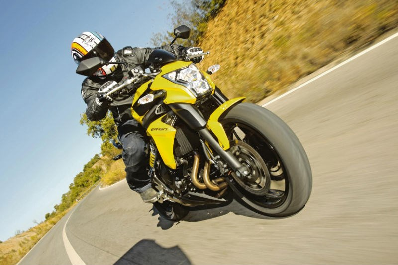 Kawasaki Er 6n 2012 On Review Speed Specs Prices Mcn