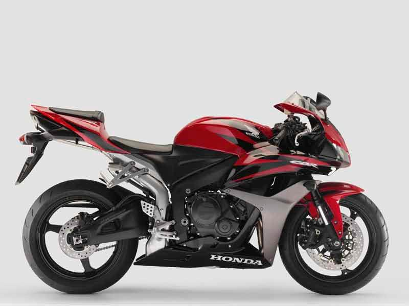 Incroyable Honda CBR600RR Motorcycle Review   Riding Honda CBR600RR Motorcycle Review    Side View ...