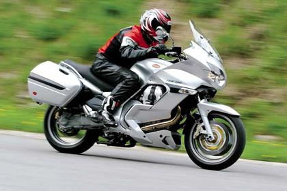 Moto Guzzi Norge 1200 motorcycle review - Riding
