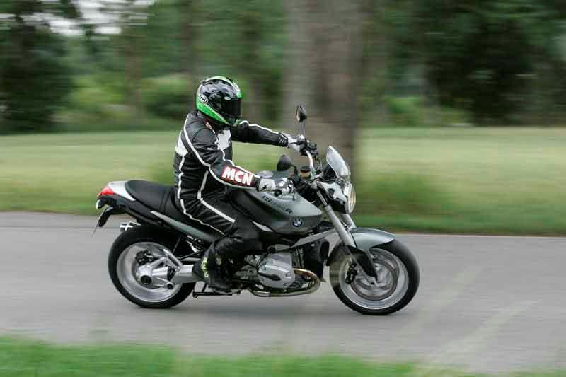 Brilliant Bmw R1200R 2006 On Review Owner Expert Ratings Mcn Gamerscity Chair Design For Home Gamerscityorg