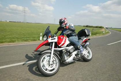 BMW R1100GS motorcycle review - Riding