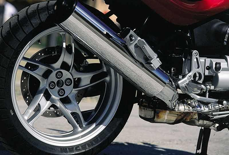 Bmw r1150rt 2001 2005 review mcn bmw r1150rt motorcycle review exhaust fandeluxe Images