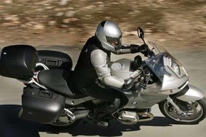 BMW R1200ST motorcycle review - Riding