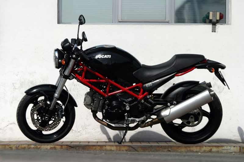ducati monster 695 (2006-2008) review | mcn