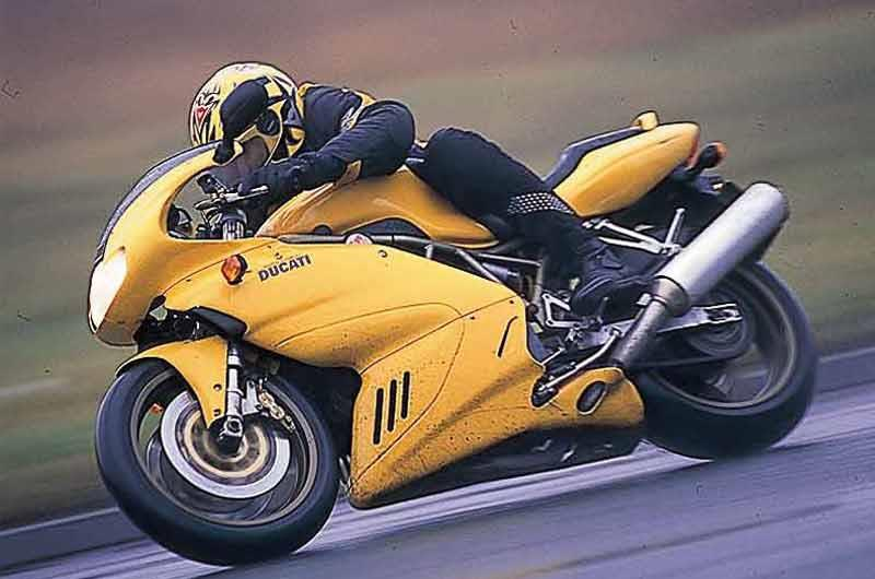 Ducati 900ss 1990 2002 review mcn ducati 900ss motorcycle review riding fandeluxe Images