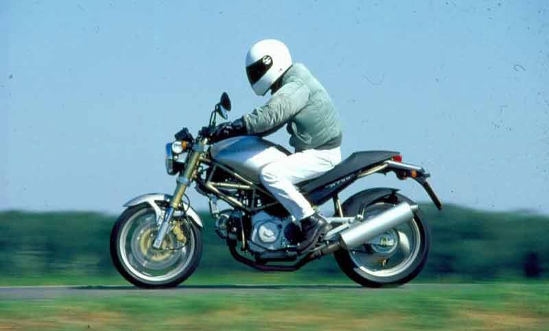 ... Ducati M750/800 Monster motorcycle review - Riding ...
