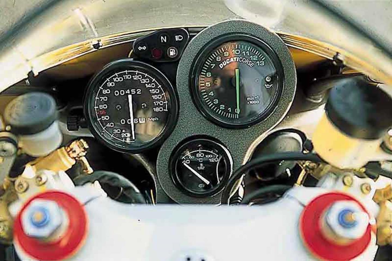 Ducati 748 clocks